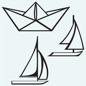 Origami paper ship and sailboat sailing — Wektor stockowy