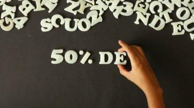 50-процентная скидка (на испанском языке) — Стоковое видео