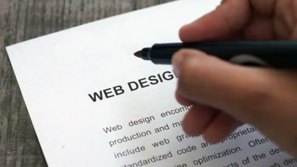 Diseño web circunda con un marcador rojo — Vídeo de stock