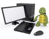 コンピューターと亀 — ストック写真