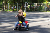 child goes on a bicycle — Stock Photo
