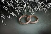 Suknie ślubne pierścionki — Zdjęcie stockowe