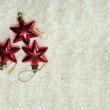 jul röda stjärnor på den vita bakgrunden — Stockfoto
