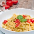 Pasta With Garlic and Tomatoes — Stock Photo