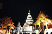 Night view of an Ancient wat in Chiang Mai, Thailand — Stock Photo
