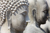 Incomplete buddha statue, Shallow DOF — Стоковое фото