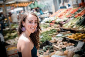 Beautiful woman at the market — Stock Photo