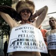 Animalisti Italiani protest against Milan Fashion Week on Septem — Stock Photo