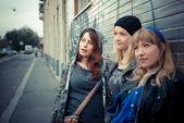 Three friends woman — Stock Photo