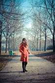 Beautiful woman red coat — Stock fotografie