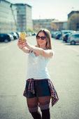 Young beautiful woman selfie — Stockfoto