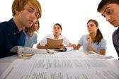 Adolescents étudient ensemble — Photo