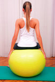 Exercises control basin trunk with bobath ball fitball stabiliza — Stock Photo