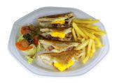 Bacon och ägg smörgås — Stockfoto