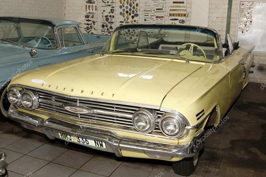 Vintage Car 1960 Chevrolet Impala Bubble Top – Stock Editorial Photo © CD123 #41119997