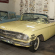 Постер, плакат: Vintage Car 1960 Chevrolet Impala Bubble Top