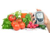 Diyabet kavramı şeker ölçüm ve sağlıklı gıda — Stok fotoğraf