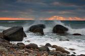 Sunrise on the ocean beach — Stock Photo
