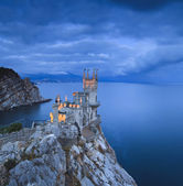 Swallow's Nest castle at sunset — Stock Photo
