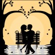Silhouette of a loving couple on a bench at sunset — Stock Vector