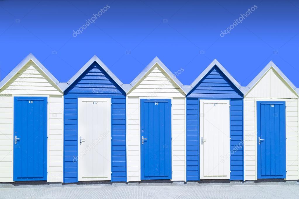 Cabane de plage bleu photographie saintho 12768130 for Cabane de plage bois