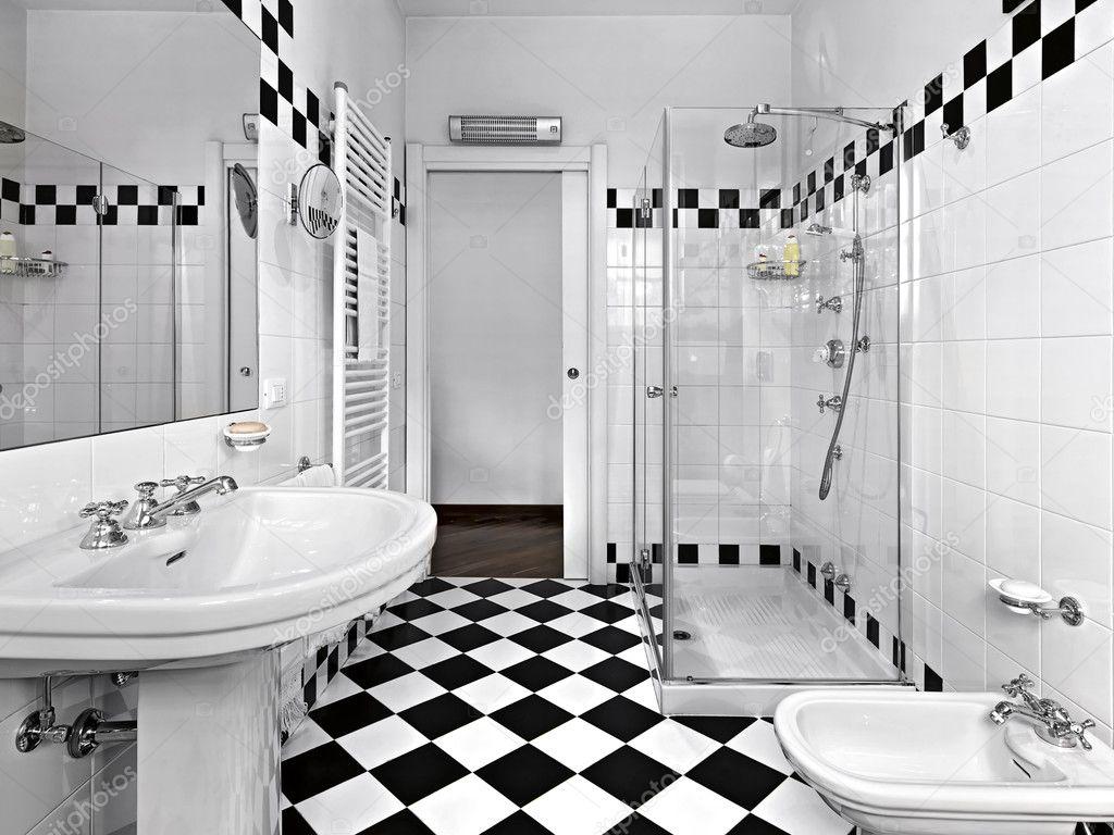 Modernt badrum i svart och vitt — stockfotografi © aaphotograph ...