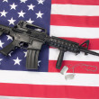M4 RIS assault carbine on us flag — Stock Photo