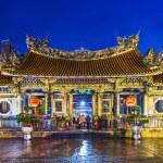 Taipei Longshan Temple — Stock Photo #36290519