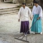 Shinto Priest Attending Zen Garden — Stock Photo