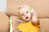Dítě telefonní hovor — Stock fotografie