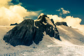 Southern Alps peak in New Zealand — Stock Photo