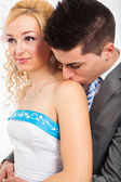 Cute wedding couple kissing — Stock Photo