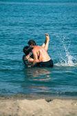 Glückliches Paar Meer genießen — Stockfoto