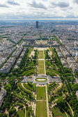 View of Paris, the Champ de Mars from the Eiffel tower — Stock Photo