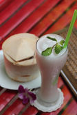 Coconut glasses cocktail. — Stock Photo