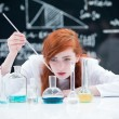 Student conducting a lab experiment — Stock Photo