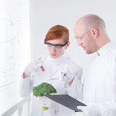 Laboratory broccoli injection — Stock Photo