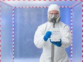 Männliche wissenschaftler medizinische röhrchen — Stockfoto