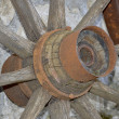 An old wooden wheel — Stockfoto