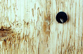 значок канцелярской кнопки в деревянную доску. — Стоковое фото