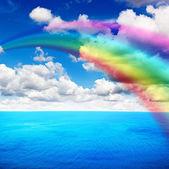 Zee met regenboog — Stockfoto