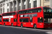 London hybrid buses — Stock Photo