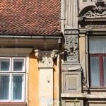 Old windows in Romania — Stock Photo