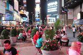 Persone visitare times square — Foto Stock