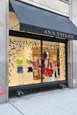 Ann Taylor fashion — Stock Photo