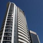 edifício de apartamento — Fotografia Stock  #4526454