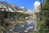 Lake Haiyaha, Rocky Mountains — Stock Photo