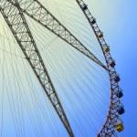 Ferris wheel against the blue sky — Stock Photo #25971915