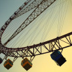 Ferris wheel against the blue sky — Stock Photo #25973301