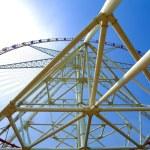 Ferris wheel against the blue sky — Stock Photo #25973967